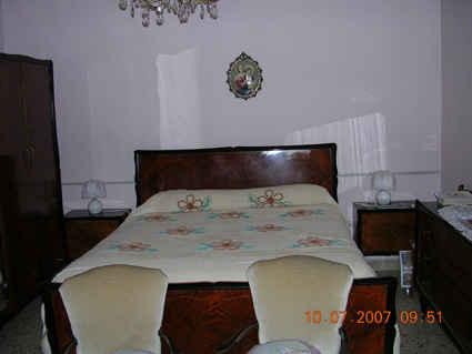 502846-bedroom