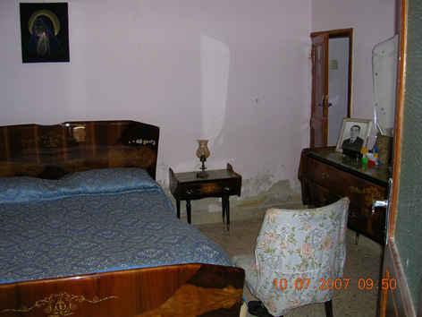 5329232-bedroom