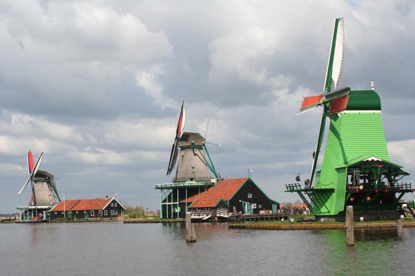 3_windmills